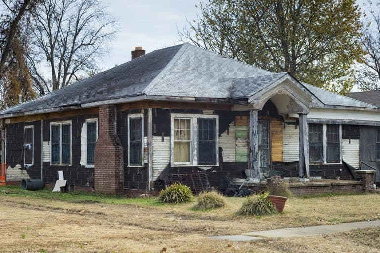 distressed home in jacksonville